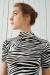 Ekru Zebra Desenli Kısa Kol Crop