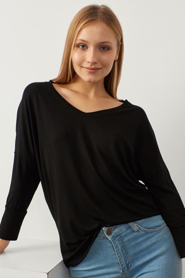 Kadın Siyah V Yaka Basic Bluz