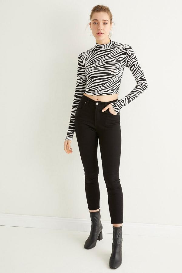 Kadın Ekru Zebra Yarım Balıkçı Crop Bluz