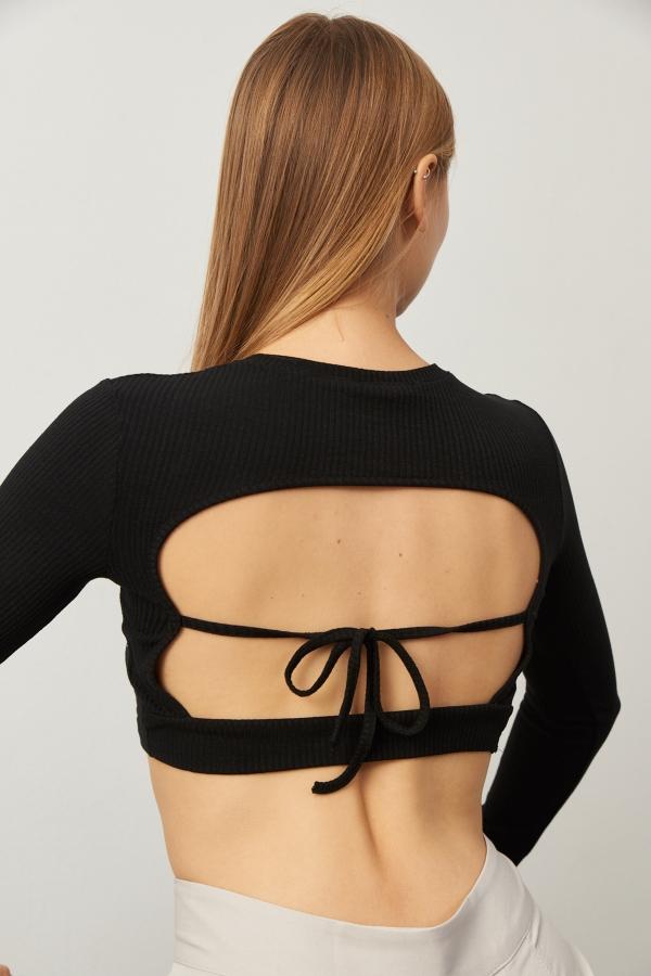 Kadın Siyah Sırt Dekolteli Uzun Kol Crop Bluz