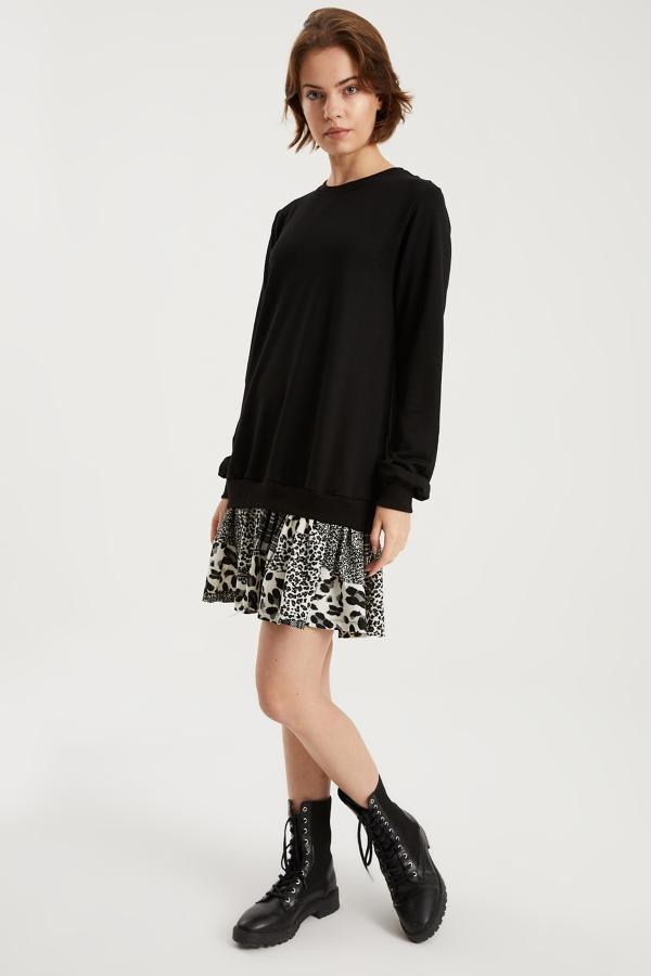 Kadın Siyah Beyaz Desenli Sweat Elbise
